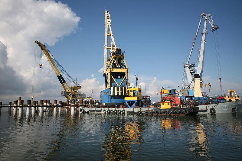 В Большом порту Санкт-Петербург только Усть-Луга показывает большой рост