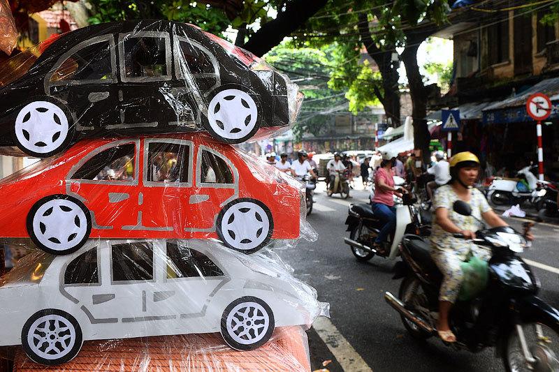 Российские автозаводы получат льготы на ввоз и сборку автомобилей во Вьетнаме