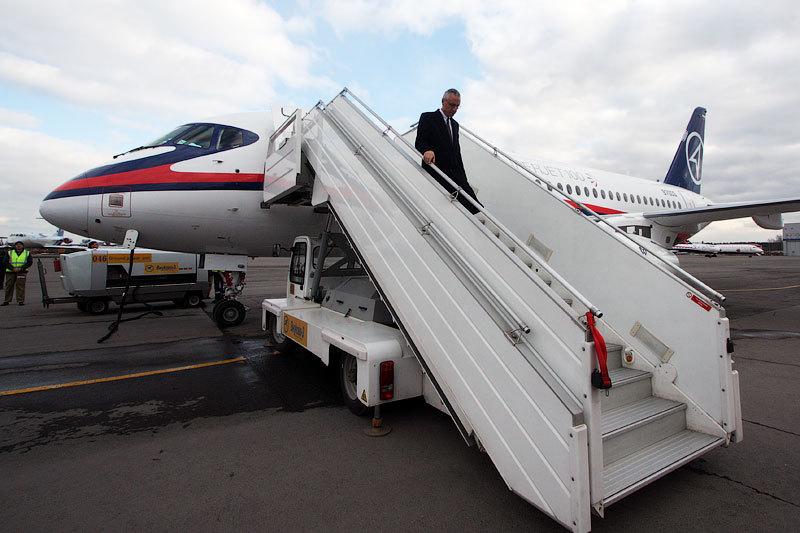 «Трансаэро» не спешит покупать Superjet