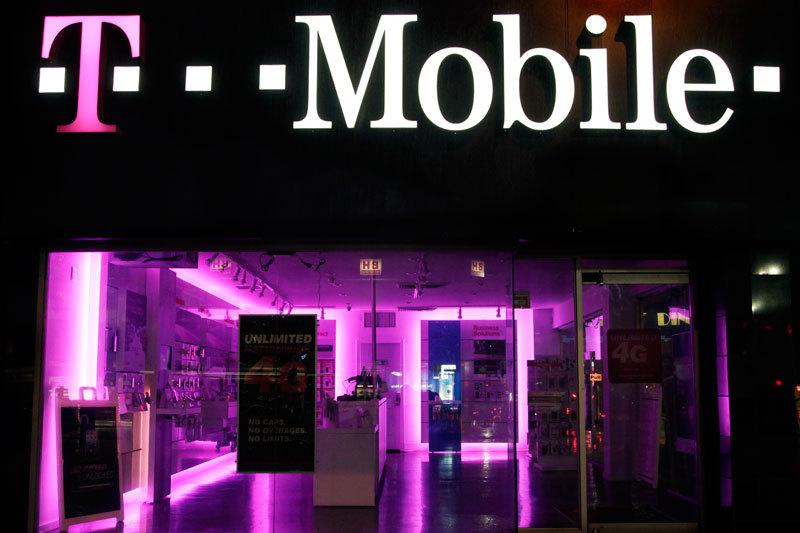 Спутниковый оператор Dish Network ведет переговоры о слиянии с T-Mobile