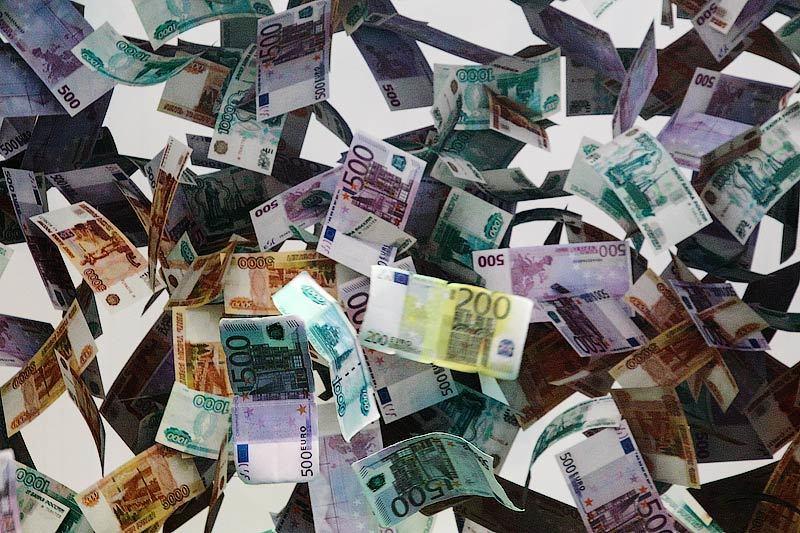 Российская валюта попала под удар одновременно трех мощных факторов