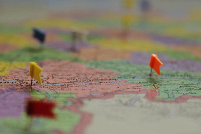 Участники рынка и чиновники часто утверждают, что дефолты регионов маловероятны, так как в любом случае им придет на помощь федеральный центр