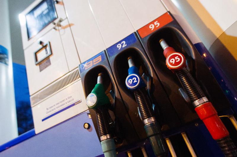 Биржевые цены на бензин в июне ускорили рост