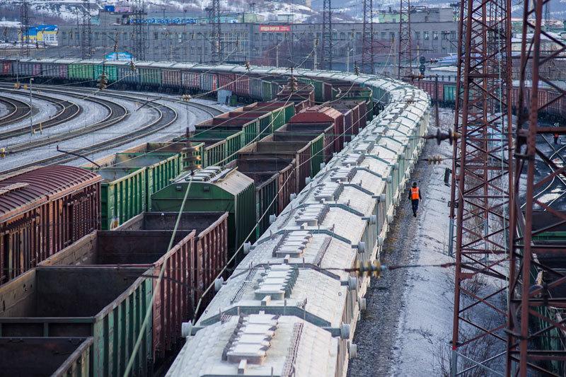 Операторы продолжают искать способ решения проблемы избытка вагонов