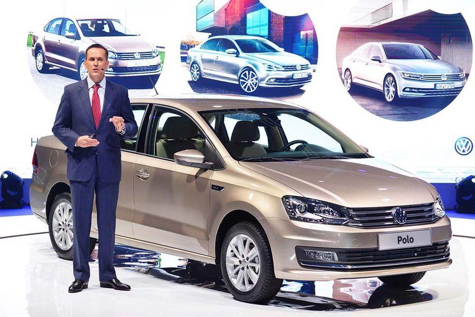 В презентации новинки принял участие Пьер Бутен, руководитель марки Volkswagen в России