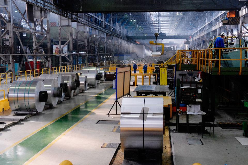 Участники совещания предложили установить импортные заградительные пошлины на ввоз ряда алюминийсодержащих товаров