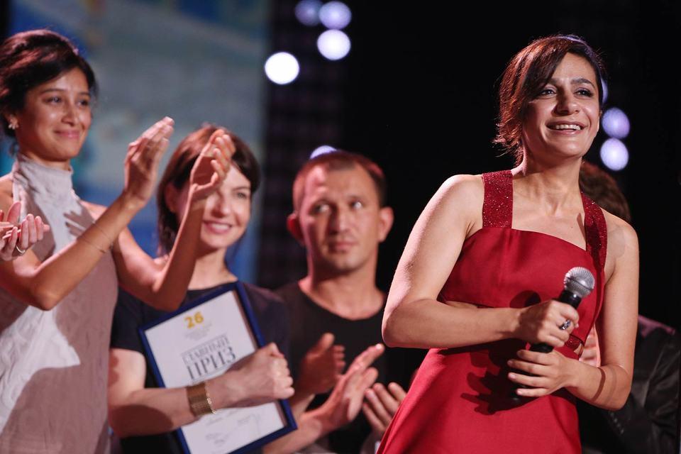 26-й фестиваль «Кинотавр» завершился победой Анны Меликян (справа) с лентой «Про любовь»