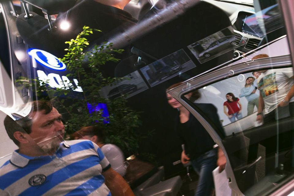 Lada буксует в Казахстане