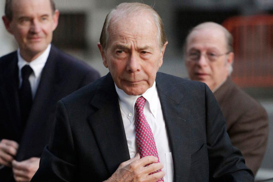 Бывший руководитель AIG Морис Гринберг может довольствоваться лишь моральной победой над правительством