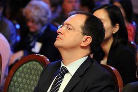 Владимир Мединский предлагает ужесточить антипиратский закон