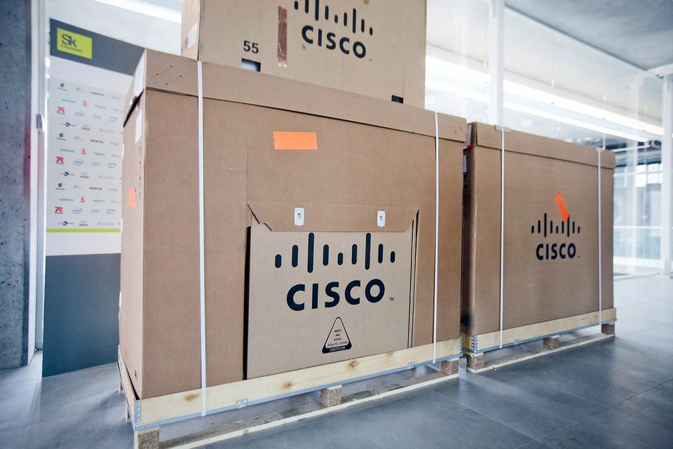 Cisco затянет пояс
