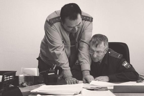 Унаследованное из 1990-х тотальное недоверие к поведению служащих привело к нагромождению механизмов отчетности