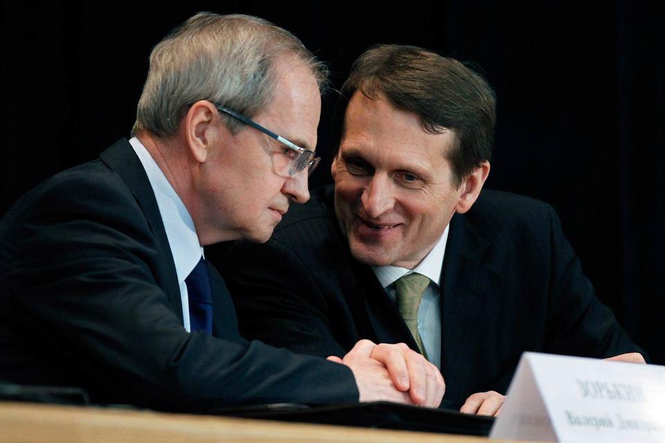 Коллеги Сергея Нарышкина (справа) по Госдуме усомнились в праве Конституционного суда под руководством Валерия Зорькина устанавливать сроки законодательных действий