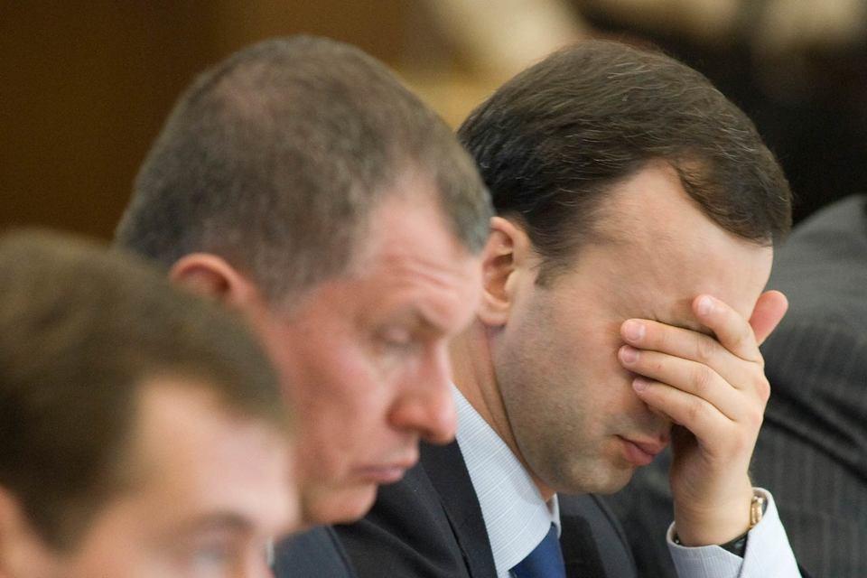 Президент «Роснефти» Игорь Сечин и вице-премьер Аркадий Дворкович