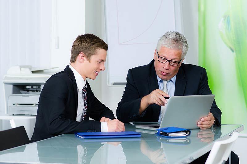 Крупные компании создают комиссии из молодых специалистов