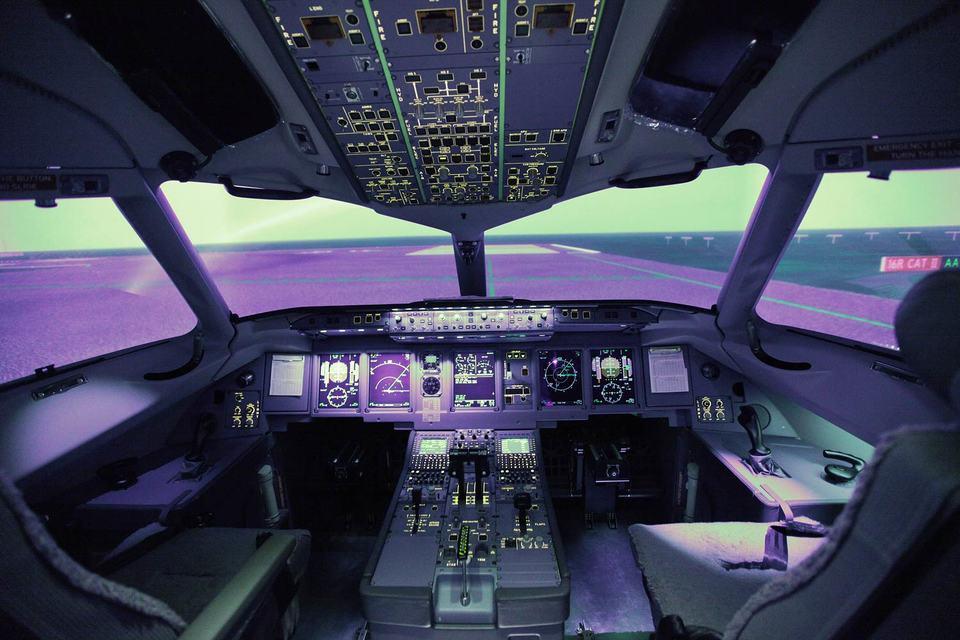 Всего заказано 150 самолетов SSJ100