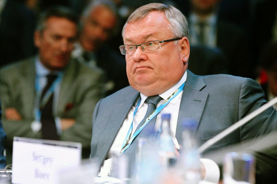 Руководитель ВТБ Андрей Костин не ждет в нынешнем году помощи из средств ФНБ