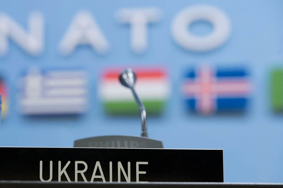 Украина меньше хочет в НАТО