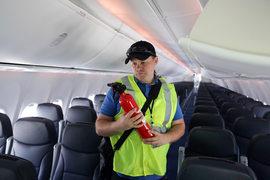 Минтранс готов узаконить право авиакомпаний продавать на рейс больше билетов, чем кресел в самолете