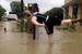 В некоторых местах уровень воды достигал 1 м