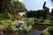 На Moscow Flower Show посетителей ждут 30000 цветов, прогулка по воссозданной ландшафтными архитекторами картине Кандинского «Встреча поверхностей» и презентация нового сорта розы «Принцесса Монако Шарлин». На грин-маркете можно купить растения и дизайнерские аксессуары для дома и сада. 26–28 июня, Музеон