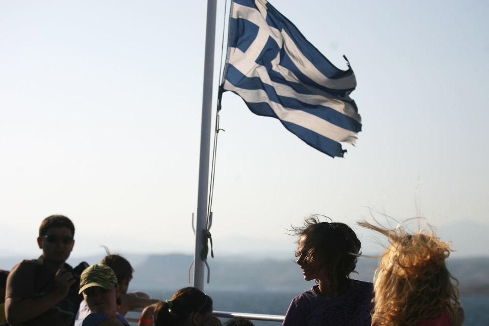Еврогруппа начала решать, что делать после дефолта Греции