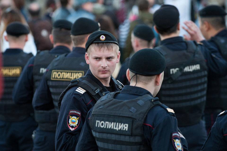 В Госдуму группой депутатов во главе с председателем комитета по безопасности Ириной Яровой внесен пакет поправок в закон «О полиции»