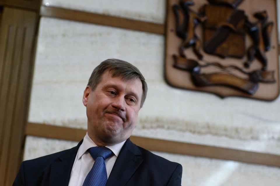 Анатолий Локоть боится «оранжевой революции»