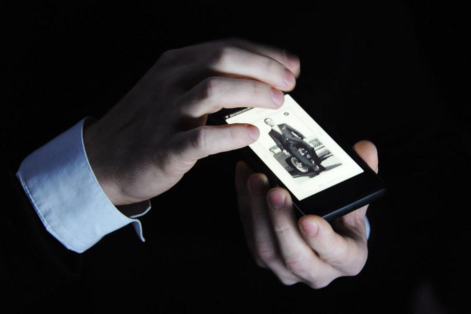 Yota Devices решила продавать свои смартфоны и в классических розничных точках