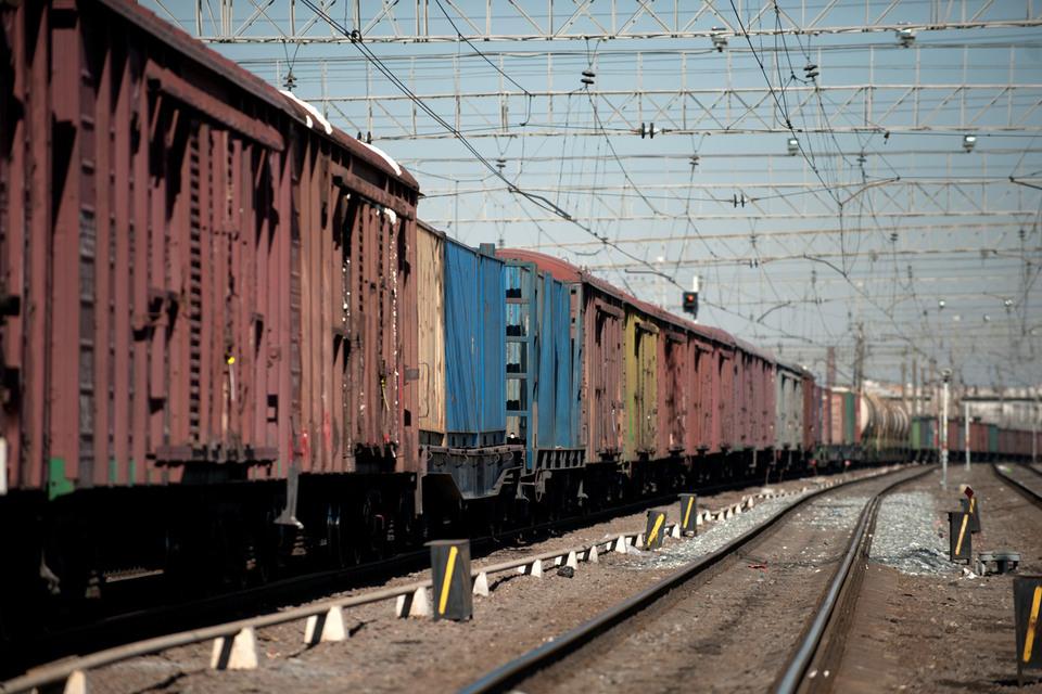 Растущий профицит не дает железнодорожным операторам заработать