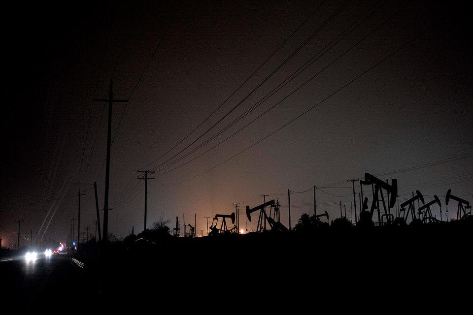 В мире уже появляются признаки снижения активности в секторе нефтедобычи