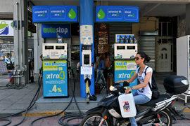 На греческих заправках через несколько недель может появиться российское моторное топливо