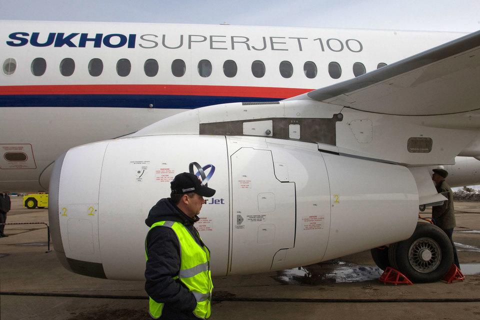 Программа рассчитана на 100 самолетов SSJ100 и 100 самолетов МС-21