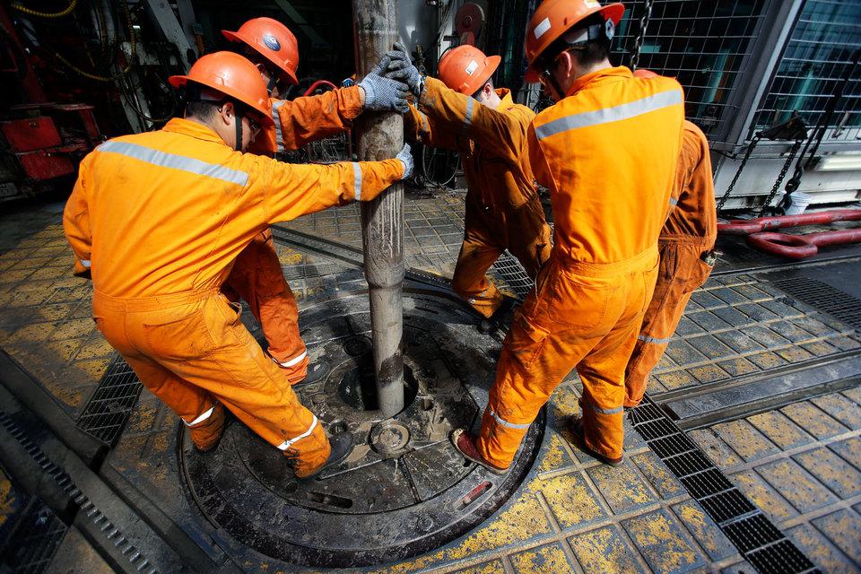 Ранее многие из тех, кто теперь хочет заняться добычей, были нефтесервисными подрядчиками Pemex