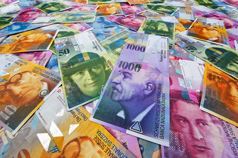 Франк перестал быть стабильной валютой для фондов