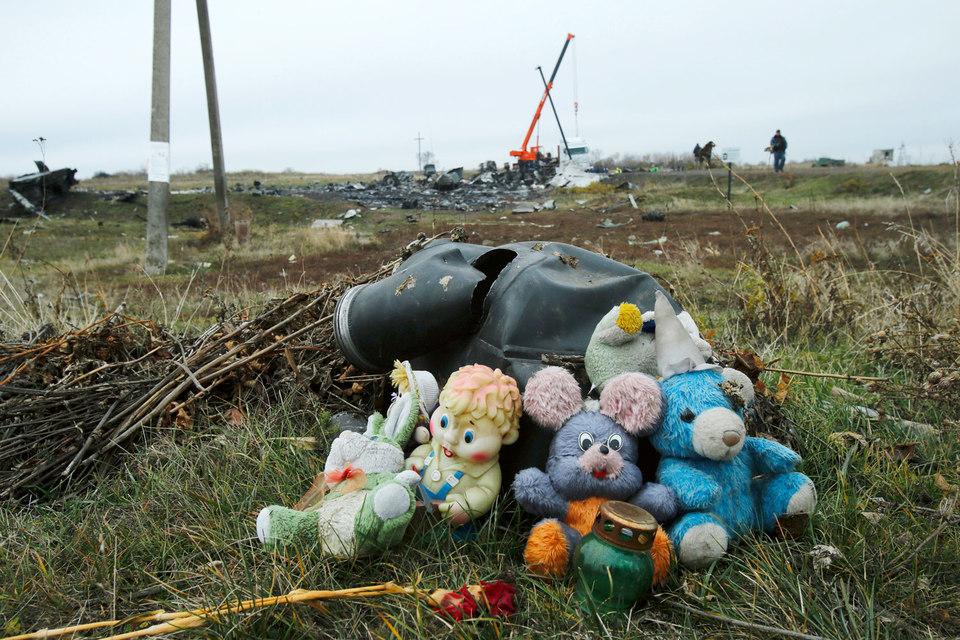 Мир вспоминает жертв крушения Boeing 777 под Донецком