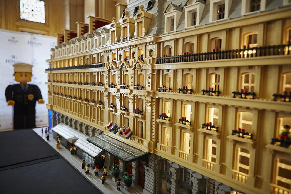 Гости отеля смогут сами собрать достопримечательности Парижа из Lego, все остальные - увидеть их на выставке