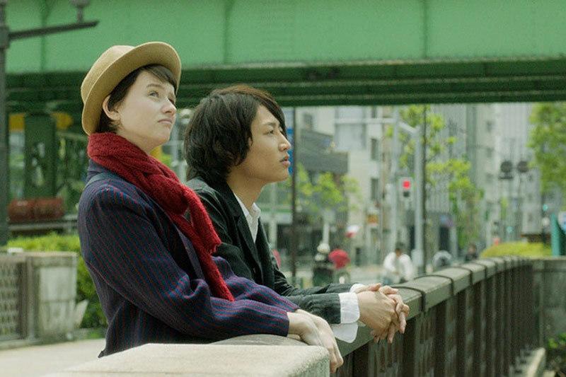 Неизменно нарядная одежда героев Полин Этьен и Таичи Ину подчеркивает декоративность фильма