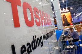 Чтобы компенсировать полученные убытки, Toshiba, вероятно, придется продать часть бизнеса, пишет японское издание Nikkei