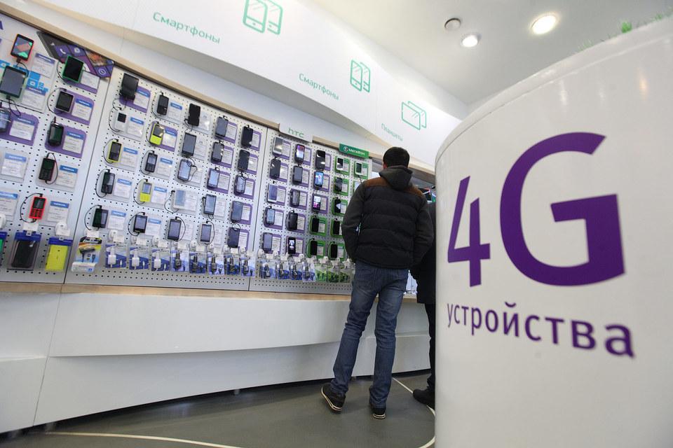 В первой пятерке производителей наиболее раскупаемых в салонах «Мегафона» смартфонов A-брендов нет, следует из отчета оператора