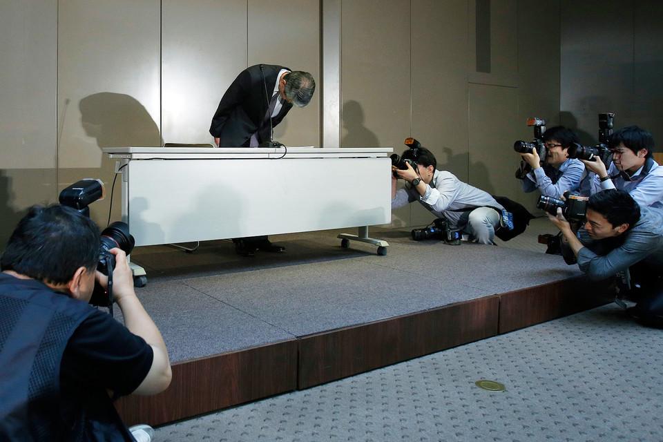 Президент Toshiba Хисао Танака ушел в отставку