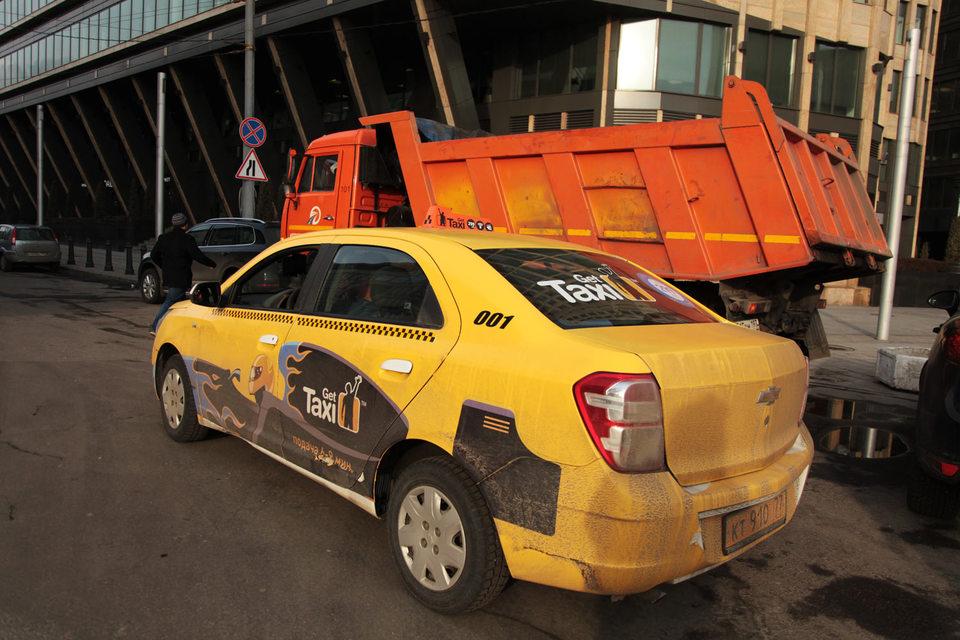 В «Яндекс.Такси» и Gett организованы колл-центры поддержки для водителей и клиентов