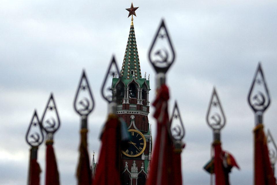 После введения санкций предправления Внешэкономбанка Владимир Дмитриев неоднократно заявлял, что госкорпорация нуждается в господдержке