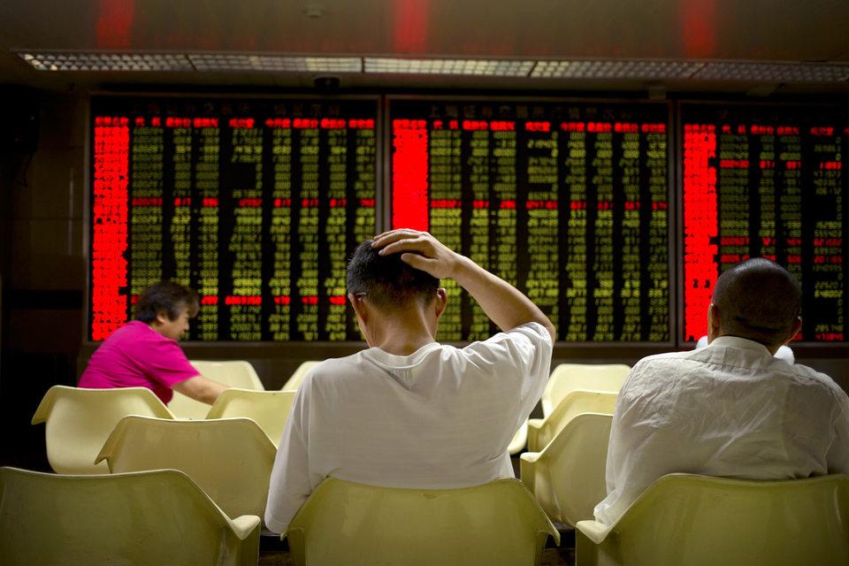 «Наши взгляды относительно Китая изменились, – написал в отчете для клиентов на этой неделе Рэймонд Далио, основатель Bridgewater. – Там теперь нельзя инвестировать без риска»