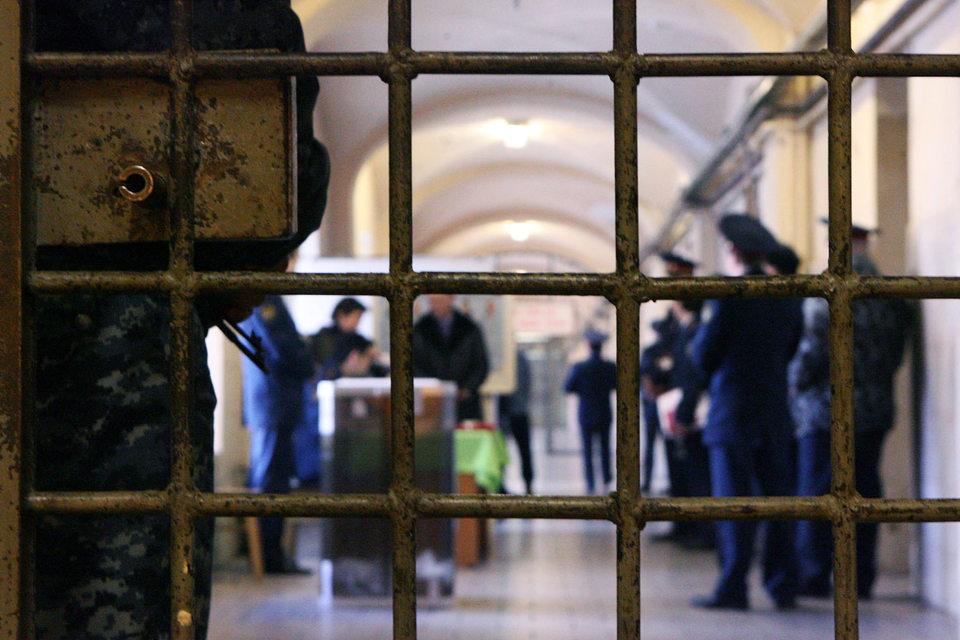 До принятия этих поправок гражданин может получить возмещение от государства, если проведенный им в сизо срок несоразмерен назначенному в итоге наказанию