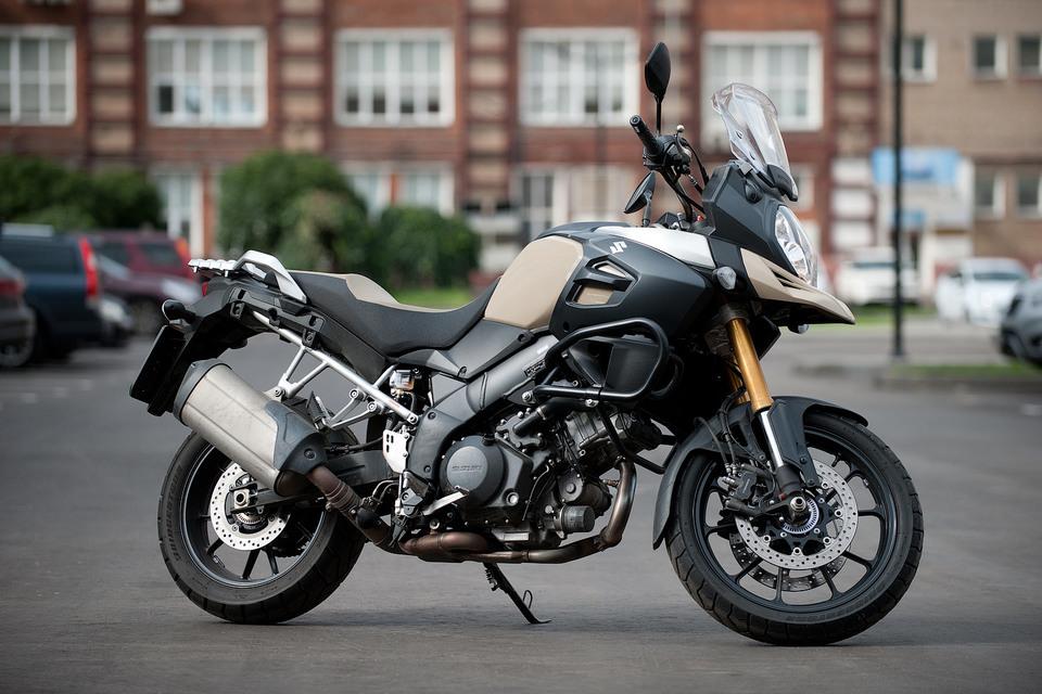 Suzuki V-Strom 1000 ABS: отважный путешественник в новом поколении