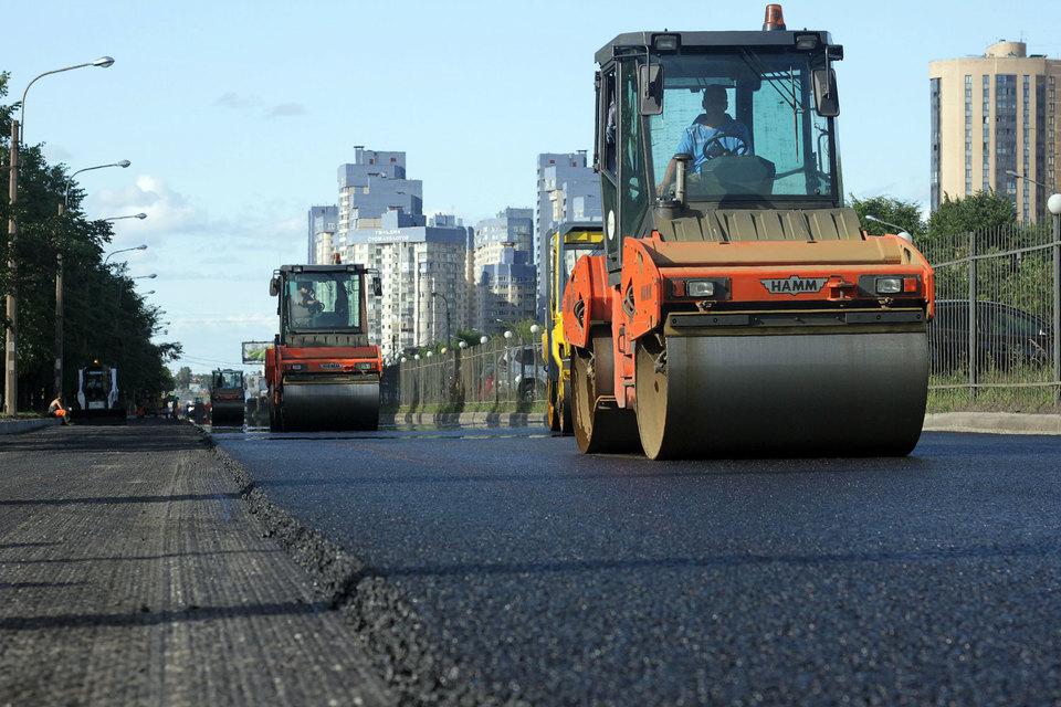 Одна из главных претензий – использование некачественного дорожного покрытия