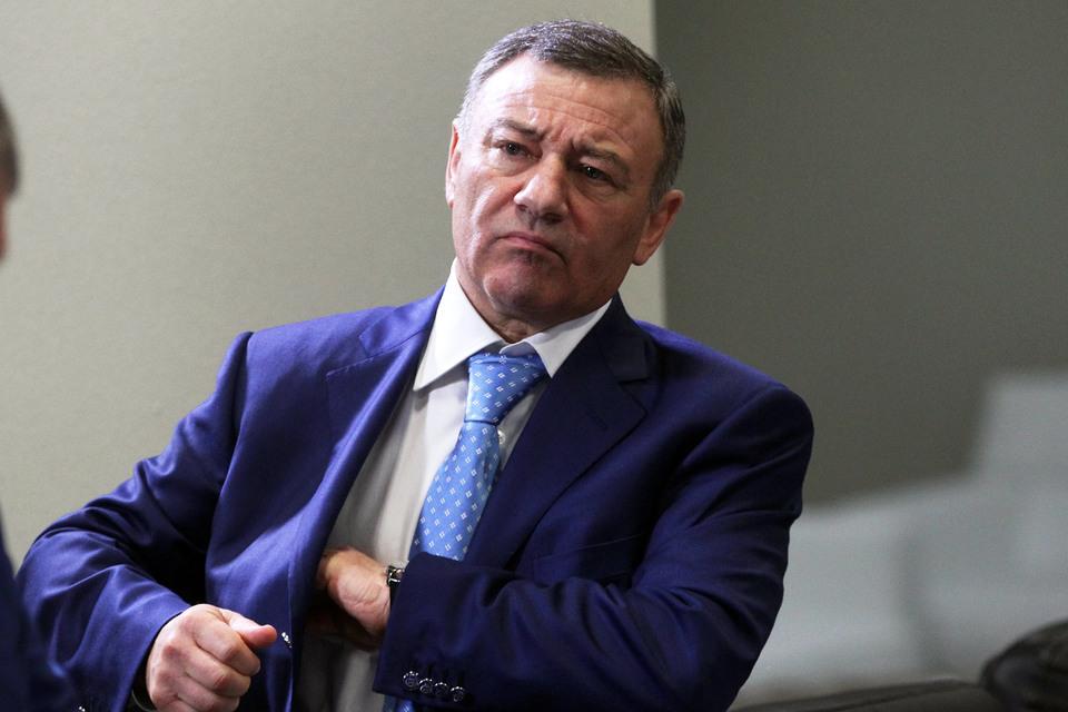 Попавший под санкции Аркадий Ротенберг передает активы не только сыну, но и брату