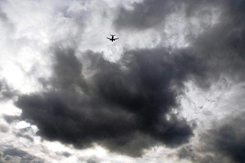 Грозы в Москве вынудили экипажи более 40 самолетов уйти на запасные аэродромы