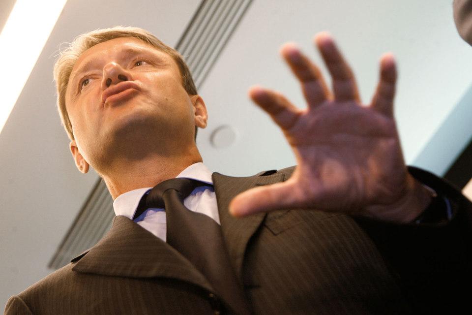 Ведомство Александра Ткачева (на фото) определило судьбу почти всех санкционных продуктов